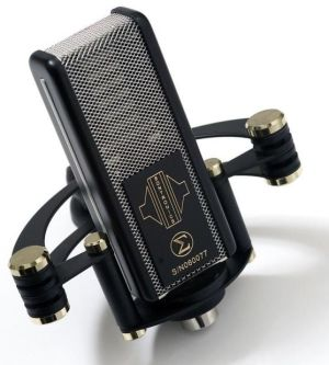Sontronics SIGMA ribbon microphone with shockmount